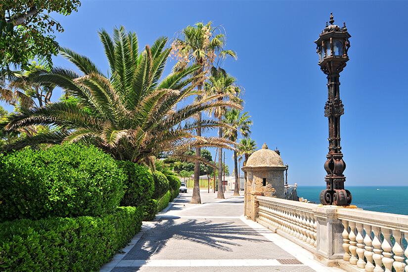 Promenade am Botanischen Garten in Cadiz