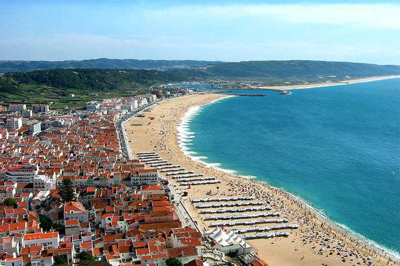 Blick auf Nazare in Portugal