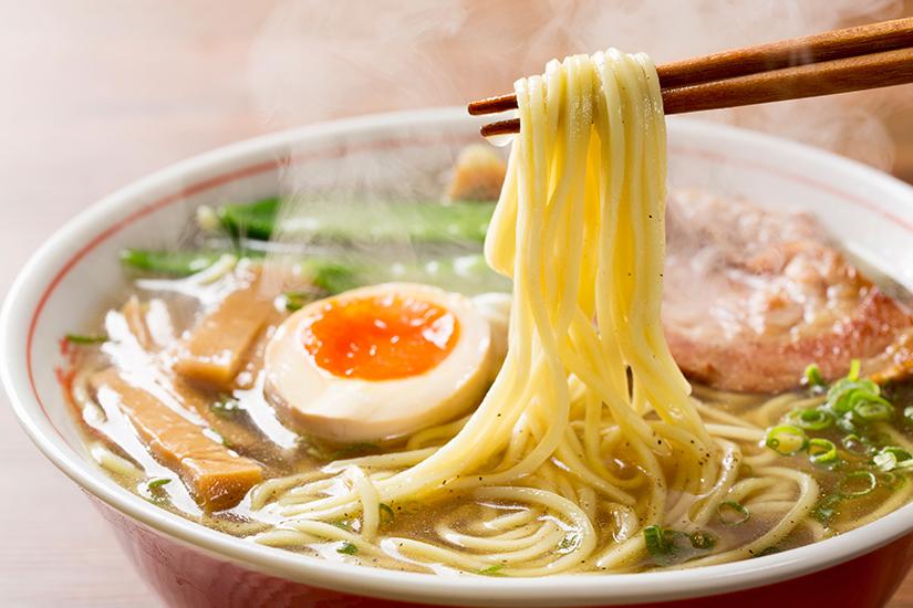 Ramen mit Tofu und Ei