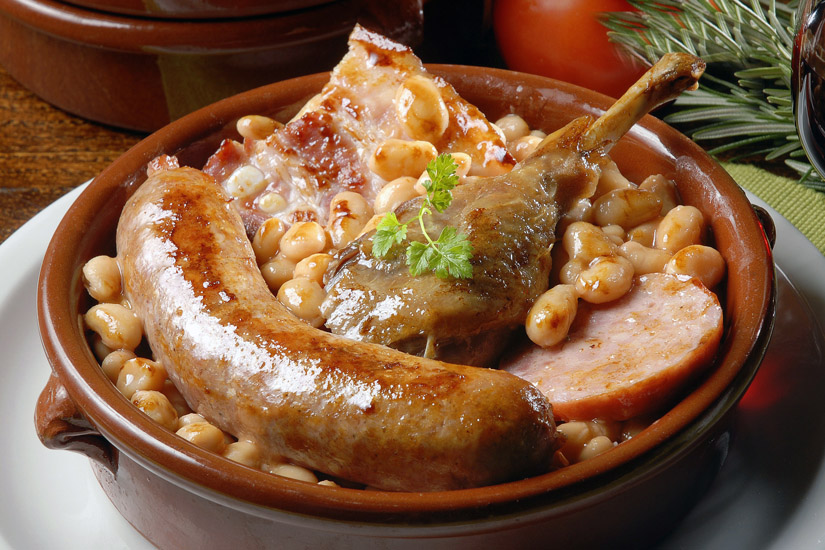 Cassoulet mit Wurst und Fleisch