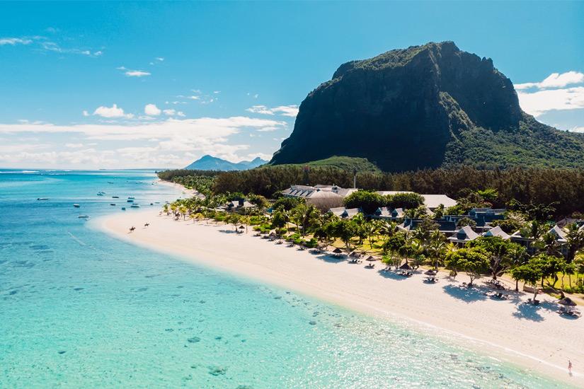 Blick auf die traumhafte Kueste von Mauritius