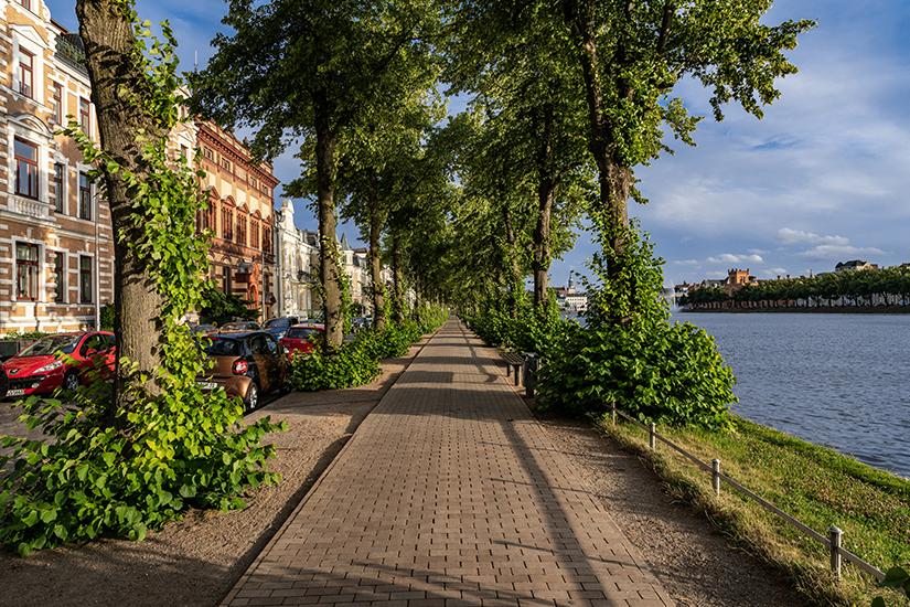 Uferpromenade am Pfaffenteich