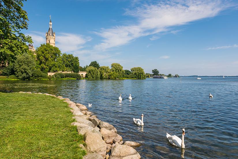 Schweriner See mit Blick auf das Schloss