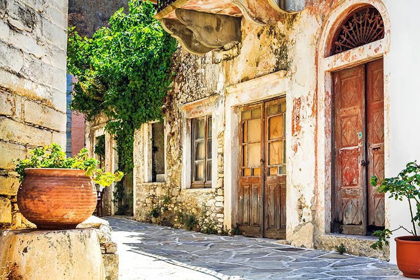 Typische Dorfgasse auf Naxos
