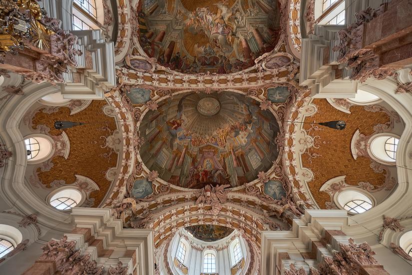 Deckenmalereien im Dom zu St. Jakob