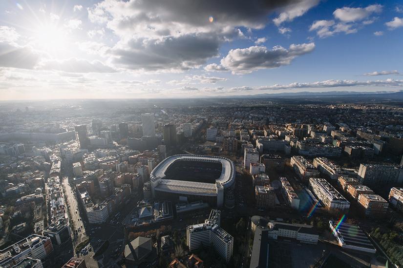 Estadio Santiago Bernabeu aus der Luft