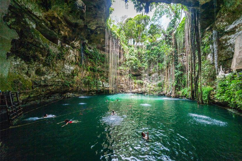 Cenote von Chichen Itza