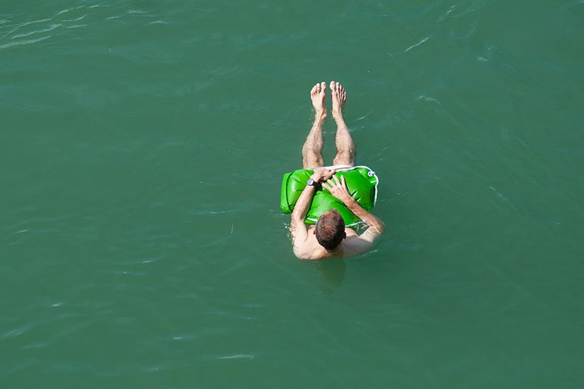 Schwimmen im Basler Rhein