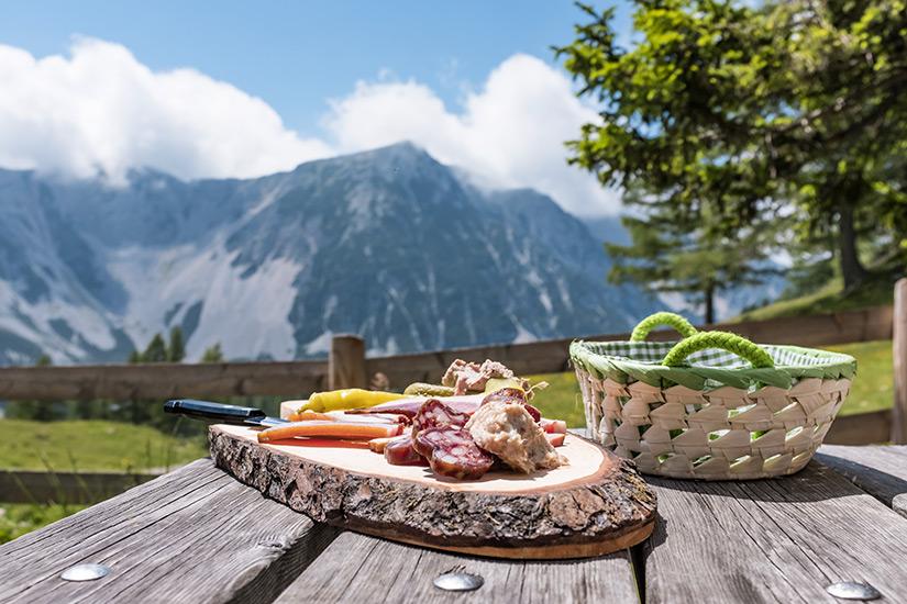 Brettljause ist ein typisch oesterreichisches Essen