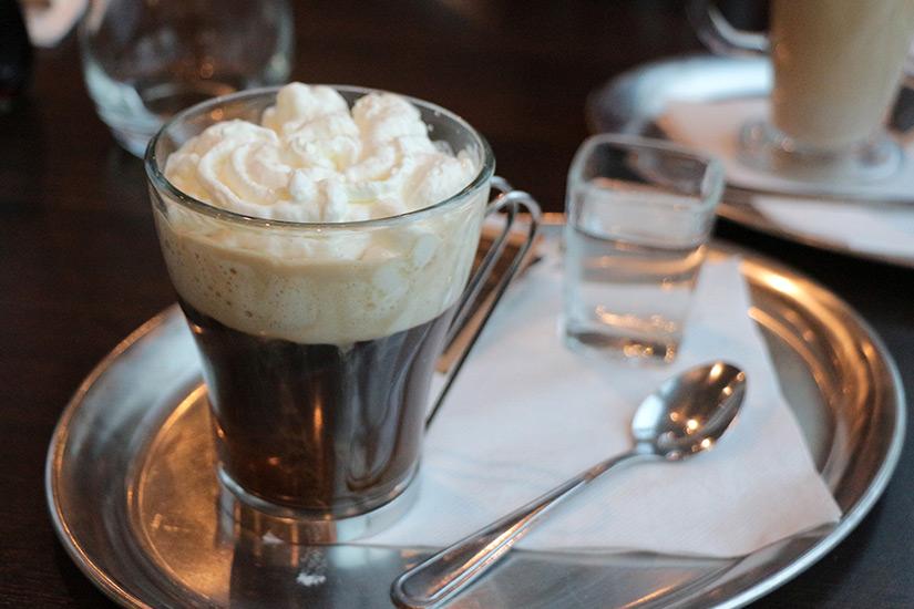 Wiener Kaffee mit Sahne