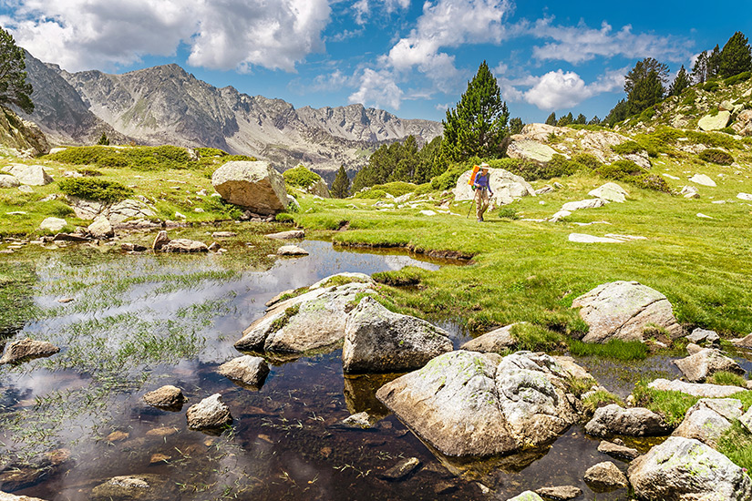 Wandern in den sommerlichen Pyrenaeen