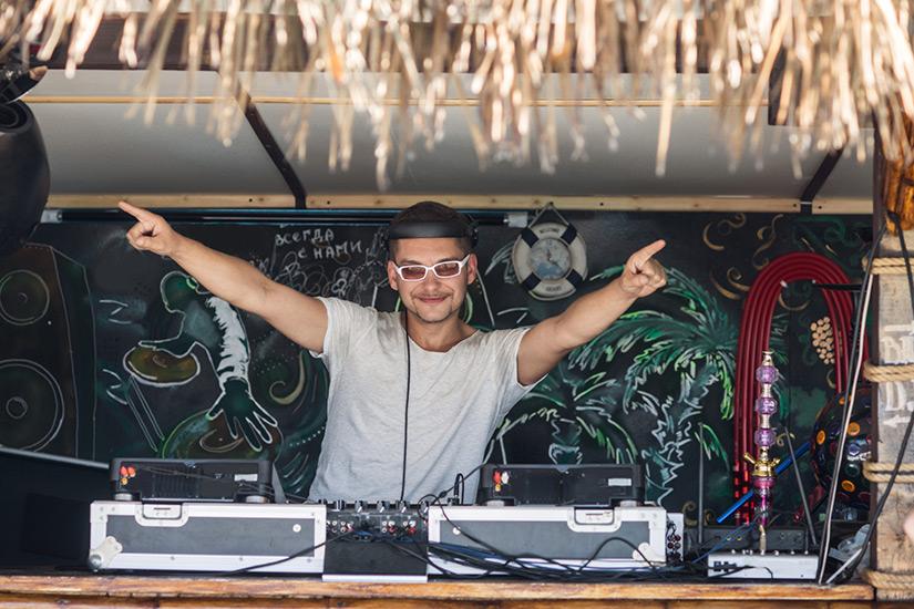 DJ bei der Full Moon Party