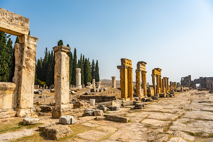 Saeulenstrasse in Hierapolis