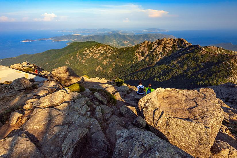 Monte Capanne ist der hoechste Berg Elbas