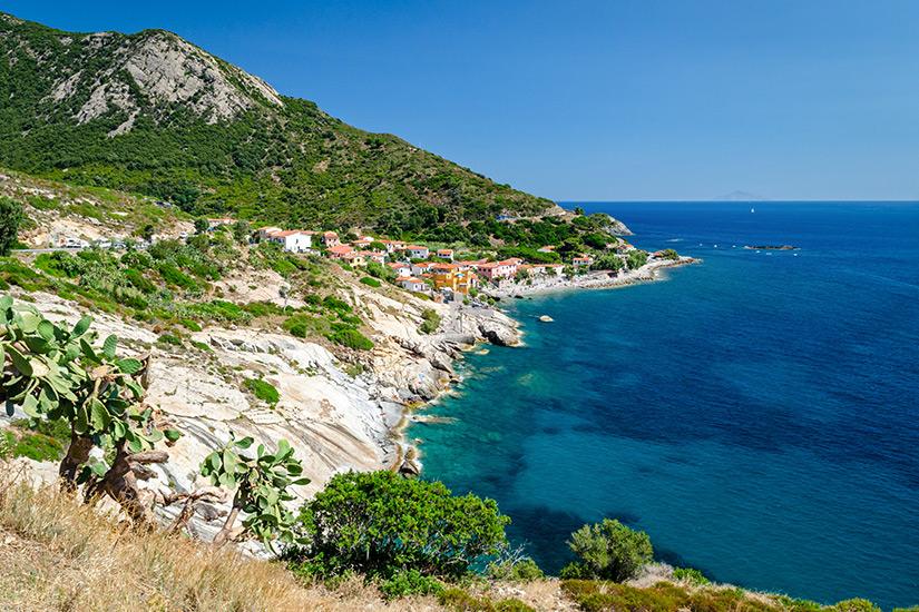 Pomonte mit Strand auf der Insel Elba