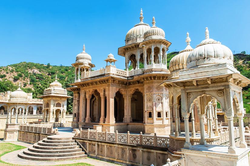 Sehenswertes Gatore Ki Chhatriyan in Jaipur