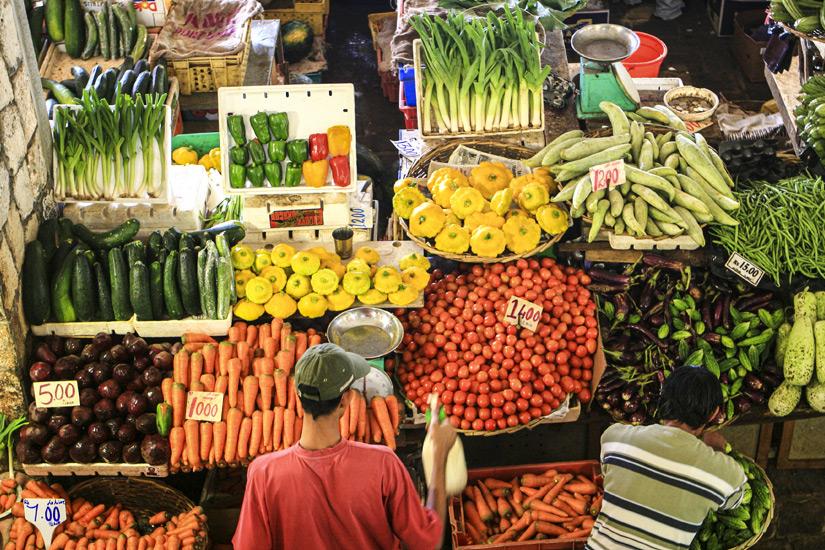 Einkaufen auf dem Markt in Port Louis