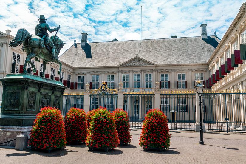 Den-Haag-Koeniglicher-Palast
