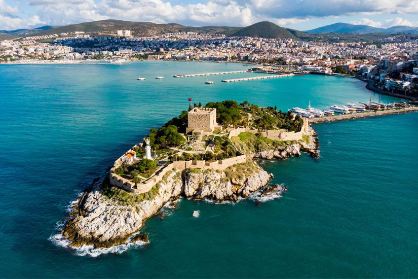 Burg auf der Taubeninsel