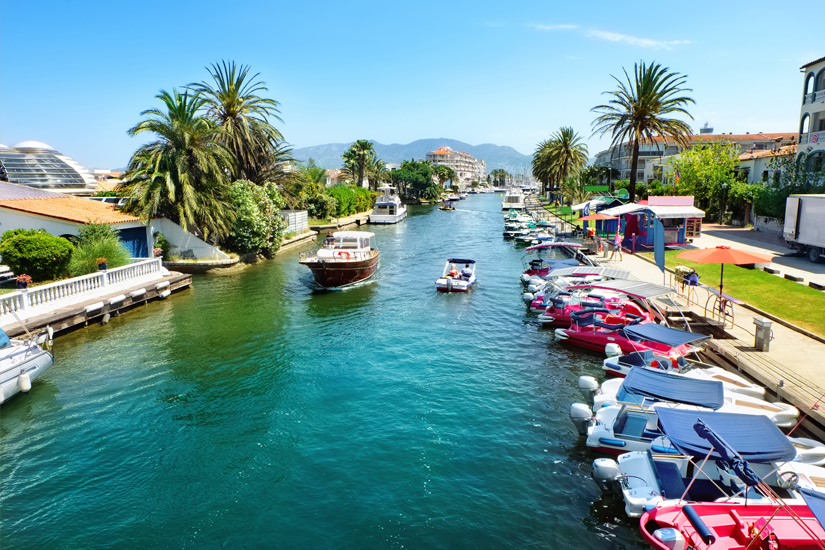 Kanal im spanischen Empuriabrava