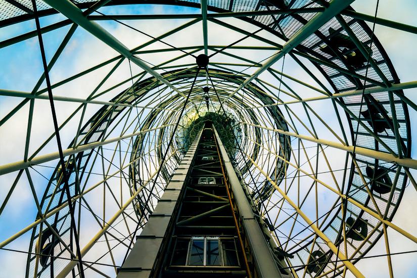 Im Inneren des Alphabetical Towers