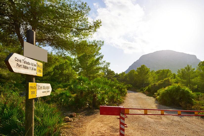 Weg zum Berg Montgo