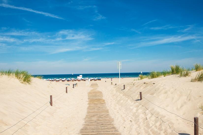 Zugang zum Strand in Warnemuende