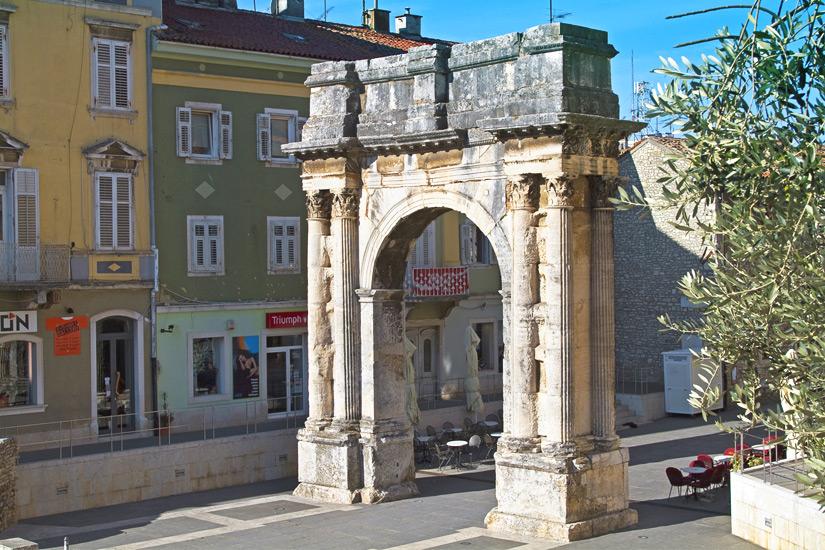 Triumphbogen der Sergier