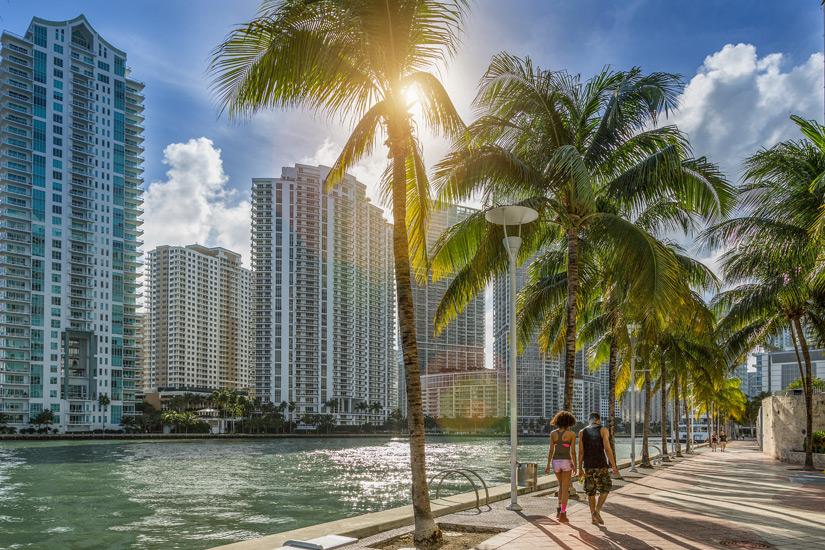 Promenade-Downtown-Miami