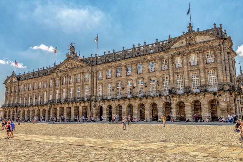 Rathaus an der Praza do Obraidoro