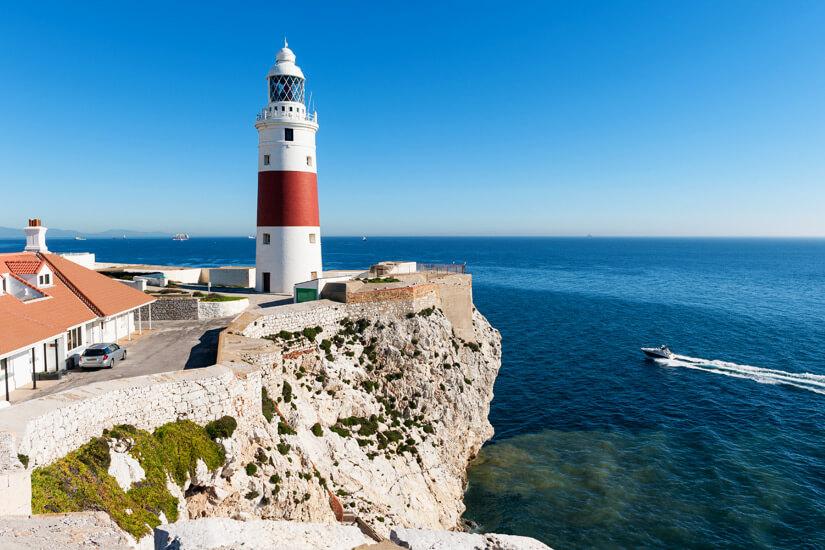 Leuchtturm von Gibraltar naeher an Afrika geht nicht