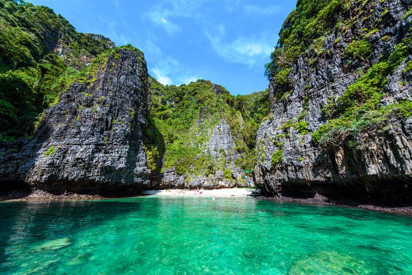 Der winzige Strand der Wang Long Bay