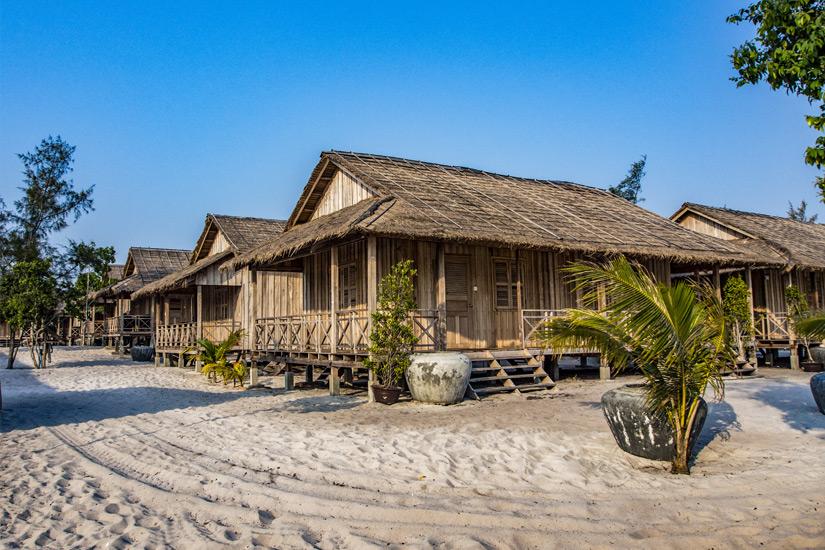 Bungalows in einem Resort auf Koh Rong