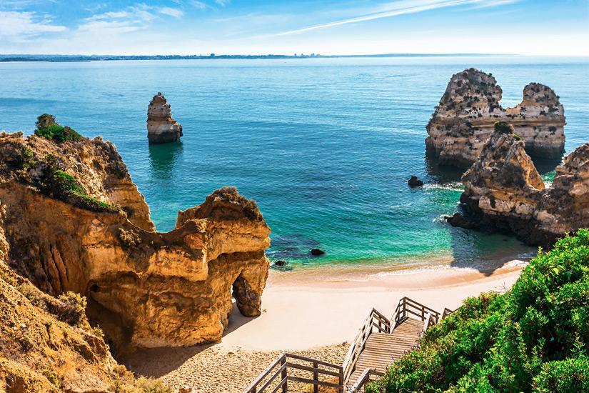 Treppe zum Praia do Camilo