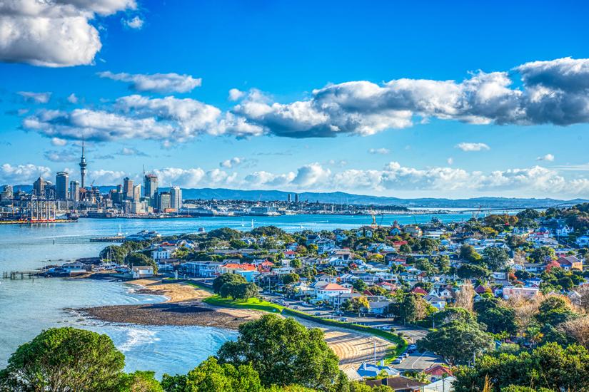 Blick auf Auckland mit Wolkenkratzern