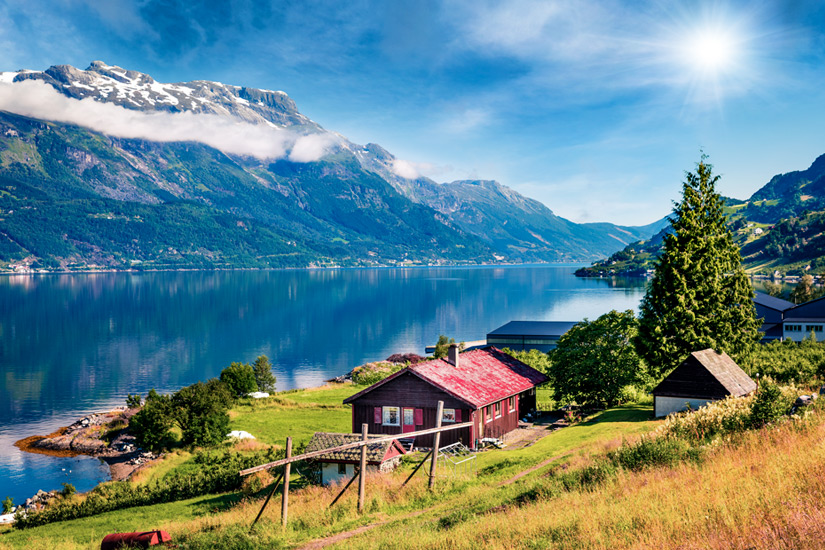 Lofthus-Hardangerfjord-Norwegen