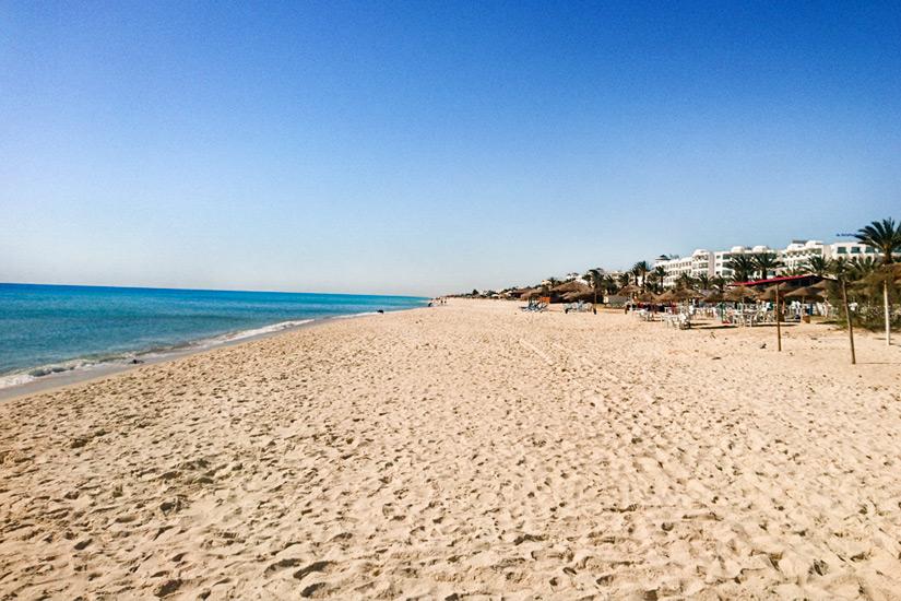 Hammamet Strand soweit das Auge reicht