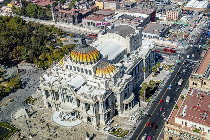 Lauftaufnahme-Palacio-de-Bellas-Artes