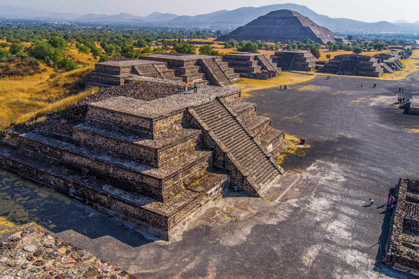 Pyramiden-von-Teotihuacan-Mexiko