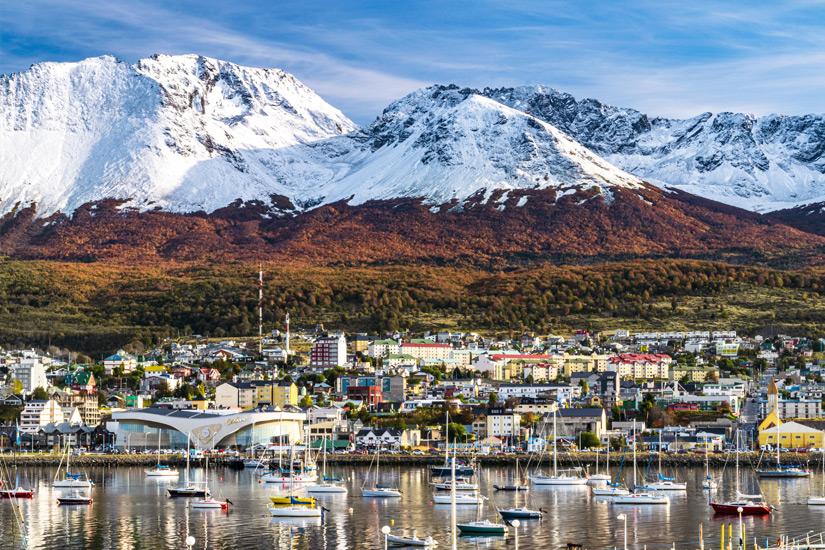 Ushuaia vor Bergkulisse