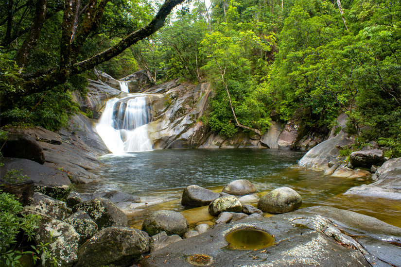 Wasserfall-in-den-Wet-Tropics