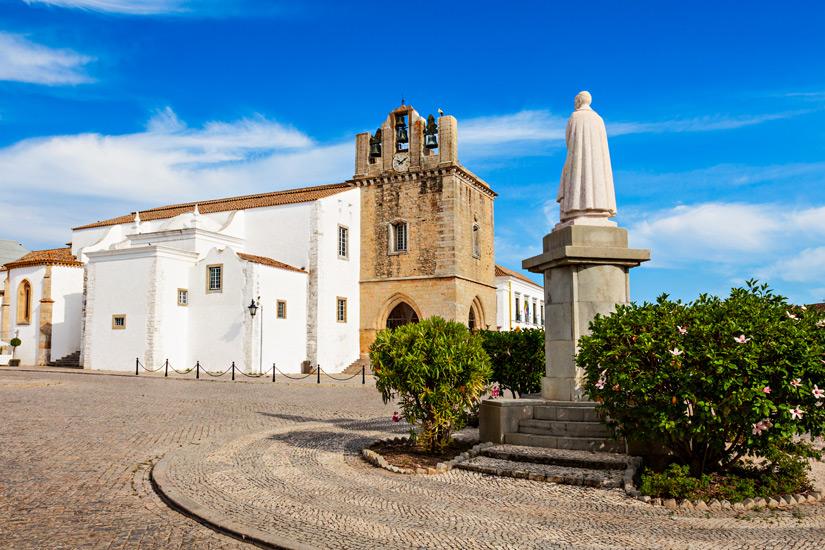 Die-Kathedrale-von-Faro