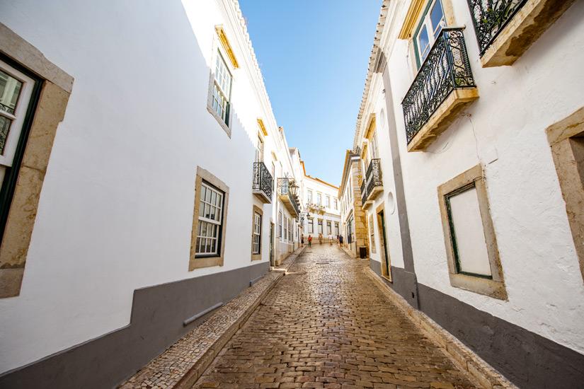 Faro-Gasse-in-der-Altstadt