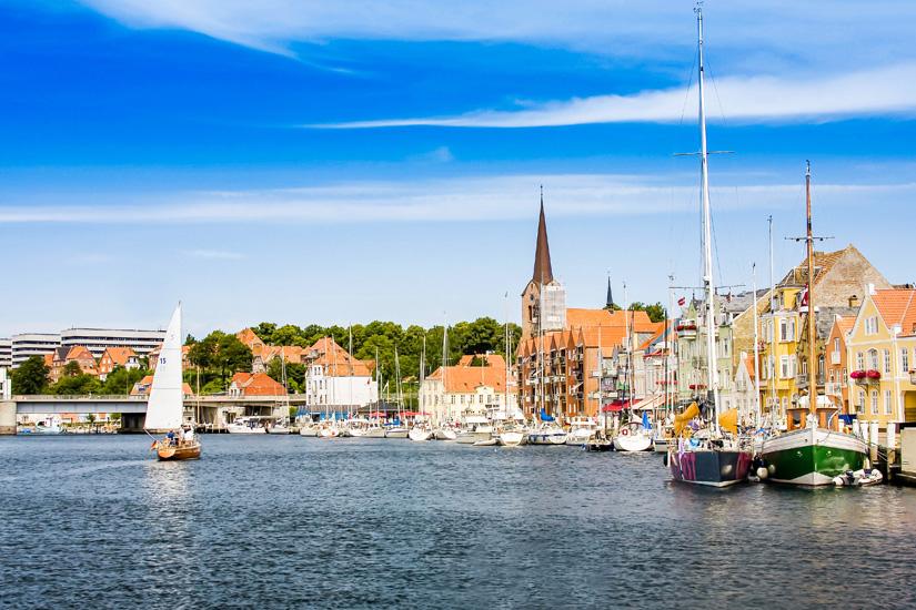 Schiffe-im-Sonderborger-Hafen