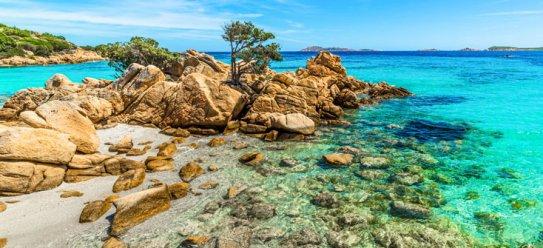 Schöne Costa Smeralda von Sardinien